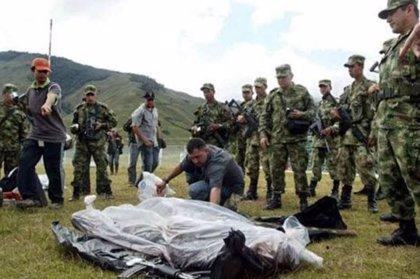 El jefe del Ejército colombiano habría dirigido una brigada acusada de 'falsos positivos'