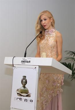 COMUNICADO: La periodista Natalia Martínez recibe uno de los Premios Nacionales a la Moda y Excelencia Empresarial