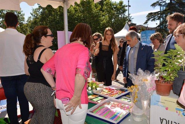 Granada.- Economía.- La Feria de Emprendimiento expone los proyectos empresariales surgidos en las aulas