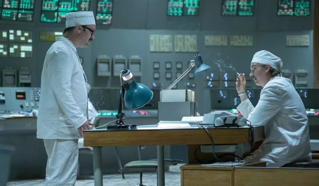 """El creador de Chernobyl explica el final: """"Quería mostrar que no ocurrió por mala suerte, sino por hechos científicos"""""""