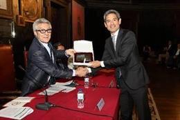 Empresas.-La Sociedad Española de Neurología entrega a Novartis el 'Premio Alianza por la Neurología'