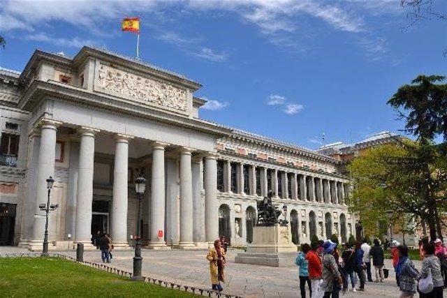 La Fábrica de Moneda emitirá una tarjeta prefranqueada y un sello conmemorativo del bicentenario del Museo del Prado