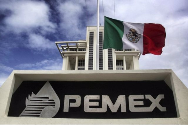 México.- El Ministerio de Hacienda de México congela las cuentas del ex director general de Pemex