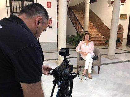 """Susana Díaz afirma que si Rivera fuera """"tan patriota como dice"""", se abstendría para posibilitar investidura de Sánchez"""