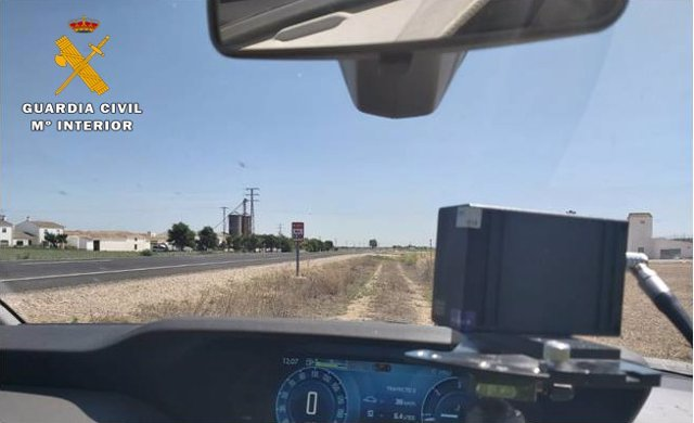 Sucesos.- Sorprendido circulando a 191 kilómetros hora en una tramo limitado a 90 en la N-322 a la altura de Balazote