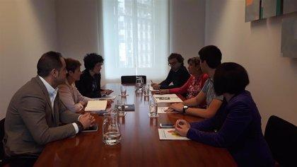 María Chivite se reúne con Izquierda-Ezkerra dentro de la ronda de contactos para formar gobierno en Navarra