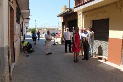 Ayuntamiento de Sevilla culmina obras de reurbanización y renovación de redes en la calle Huerta del Canario