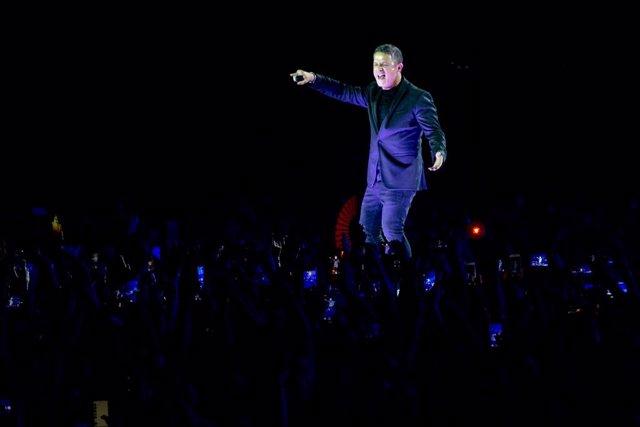 Alejandro Sanz obre a Sevilla la gira '#ElDisco' amb un concert en el Benito Villamarín