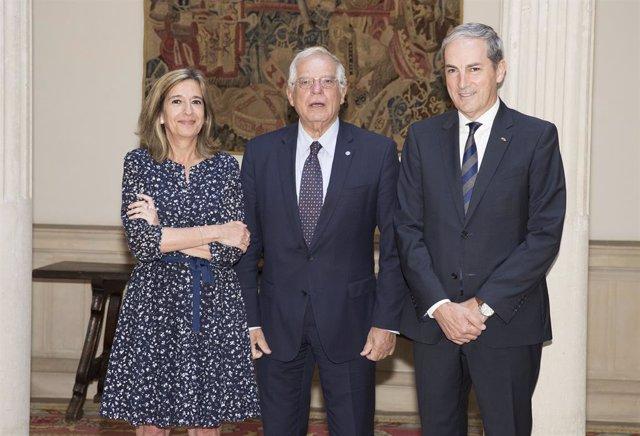 Mirenchu del Valle (Unespa, Josep Borrell,  Manuel Benavides (Fetave)
