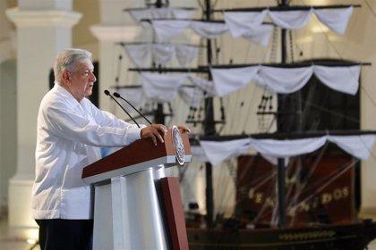 """López Obrador reitera su disposición a """"la amistad, el diálogo y la colaboración"""" con Estados Unidos"""