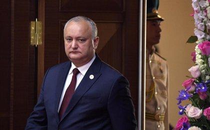 El Tribunal Constitucional de Moldavia cesa temporalmente de sus funciones al presidente Igor Dodon