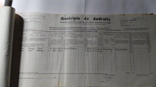 El Ayuntamiento de Andratx sigue con las tareas de digitalización de su archivo con documentos que datan del s.XIX