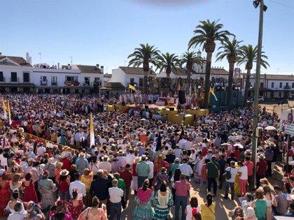 """El obispo de Huelva pide a los rocieros """"resplandecer"""" por sus acciones para ser """"la mejor corona"""" de la Virgen"""