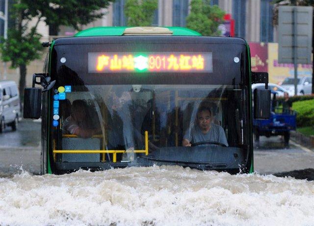 Inundaciones en la ciudad china de Jiujiang, en la provincia de Jiangxi