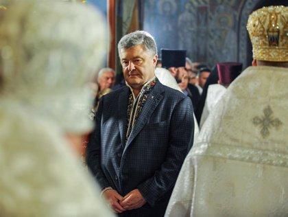 Poroshenko anuncia que encabezará la lista de su partido a las elecciones legislativas de Ucrania