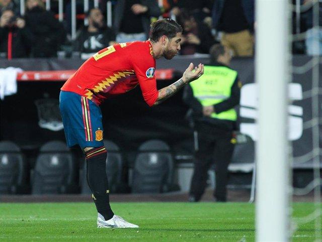Soccer: European Qualifiers - Spain -Norway