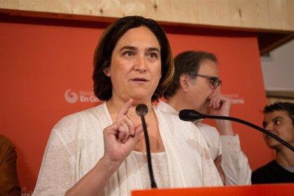 """Colau se reafirma en el tripartito con PSC y ERC pero subraya sobre Valls que todos los votos """"serán bienvenidos"""""""