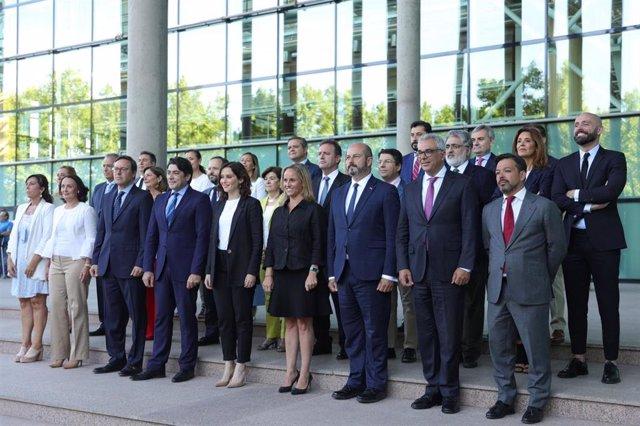 Foto oficial del Grupo Parlamentario Popular en la Asamblea de Madrid de inicio de XI Legislatura