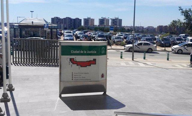 Málaga.- Tribunales.- Condenan a un intermediario inmobiliario por quedarse dinero dado por un cliente