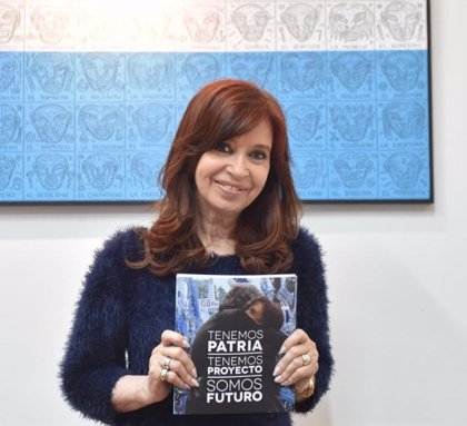 """Fernández de Kirchner califica de """"desastre"""" la gestión de Macri"""