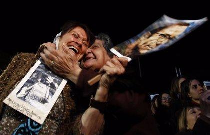 Abuelas de la Plaza de Mayo anuncian la localización del nieto número 130 desaparecido durante la dictadura