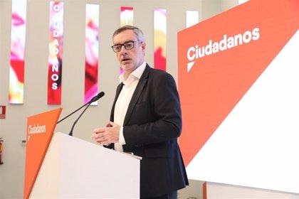 Villegas insiste en que no negocian con Vox en Madrid aunque hablarán esta mañana para pedir el voto en la Asamblea