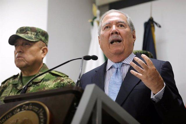 """El ministro de Defensa de Colombia se enfrenta a una moción de censura en el caso sobre los """"falsos positivos"""""""