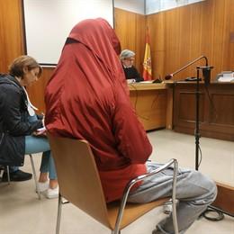 Trib.- El ladrón de tangas de Peñafiel (Valladolid) pacta una condena de dos años de cárcel