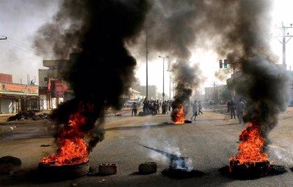 La junta militar anuncia el arresto de algunos soldados en relación con la represión en Jartum
