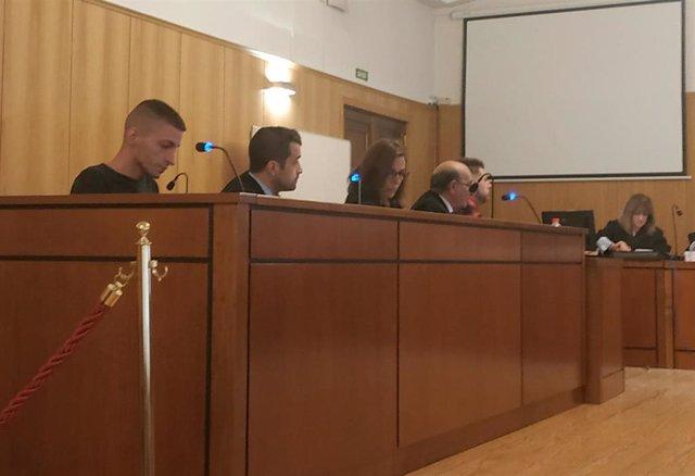 Trib.- Suspendido el juicio contra los acusados de robar en naves agrícolas de Rioseco al no comparecer uno de ellos