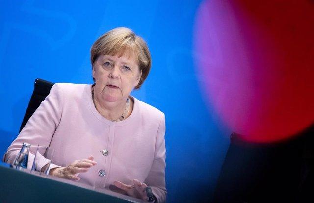 German Chancellor Merkel meets heads of federal states in Berlin