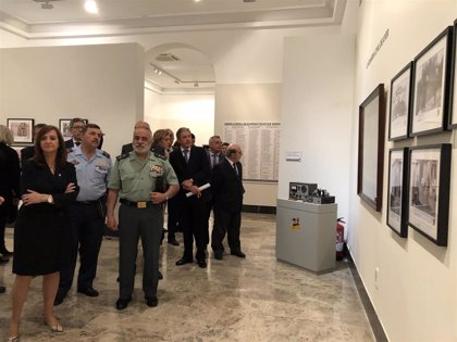 Una exposición recorre los 175 años de la Guardia Civil y su evolución junto a la sociedad aragonesa