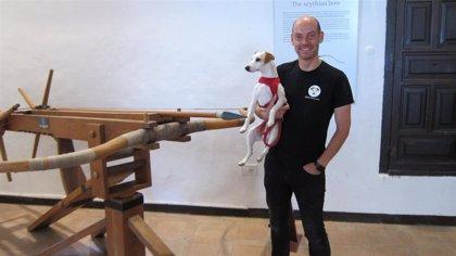 Pipper, el perro 'influencer', cierra en Toledo su ronda española