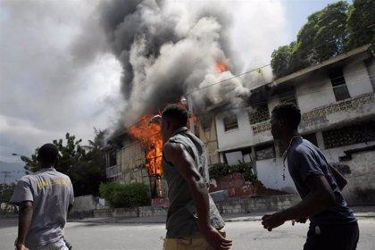 Muere un periodista en el marco de las protestas contra el Gobierno en Puerto Príncipe