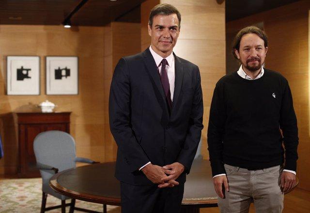 Pedro Sánchez inicia les reunions per formar govern amb el secretari general d'Unides Podem, Pablo Iglesias
