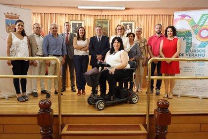 Servicios sociales, inmigración y periodismo deportivo, en los Cursos de Verano de la UMA en Vélez-Málaga