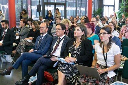 Canarias resalta su apuesta por la sostenibilidad y competitividad ante las regiones turísticas europeas