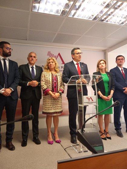 """Conesa (PSOE) pide a Cs que """"no tome el pelo a los ciudadanos que apostaron por un cambio y la regeneración"""""""