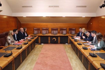 """Cs admite que PP sería """"socio preferente"""" en Santander y PSOE insiste en el cambio"""