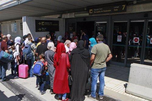 Refugiados sirios llegan a España