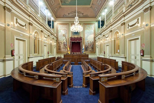 El Parlamento acoge este jueves la fase final del 'III Concurso Regional de Debate Escolar'