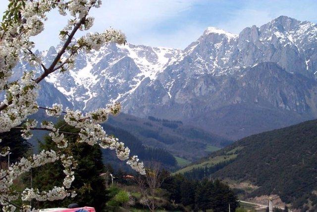 Los Picos de Europa estarán este fin de semana en riesgo notable de aludes