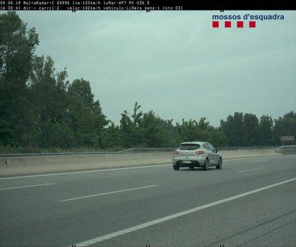 Detenido por circular sin carné a 182 km/h en la AP-7 en Garrigàs (Girona)