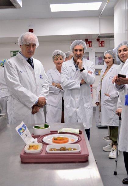 El hospital de Galdakao contará con menús estacionales diseñados por Eneko Atxa y rediseñará sus bandejas para pacientes