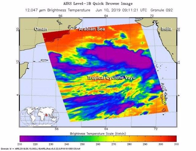 La NASA mide la temperatura del ciclón tropical Vayu y alerta de su intensificación en la costa de Gujarat en India