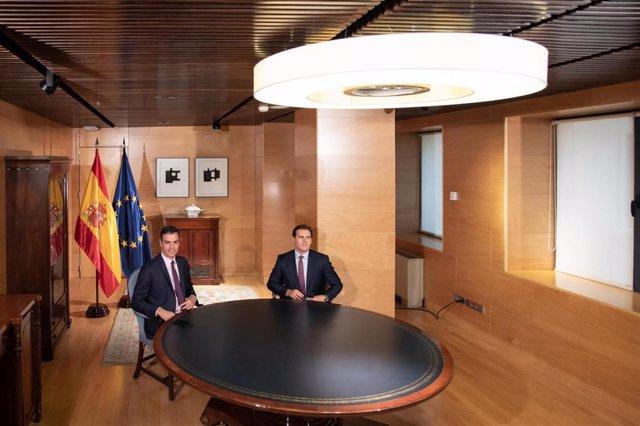 Pedro Sánchez se reúne con el presidente de Ciudadanos, Albert Rivera