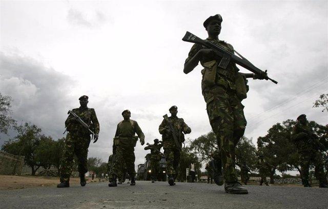 Soldados Del Ejército De Kenia