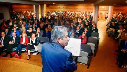 Revilla garantiza el apoyo del Gobierno regional a la discapacidad y pide que el Estadio financie el 50%