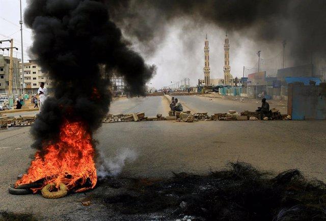 Sudán.- UNICEF denuncia la muerte de 19 niños en Sudán desde el golpe de Estado militar contra Al Bashir