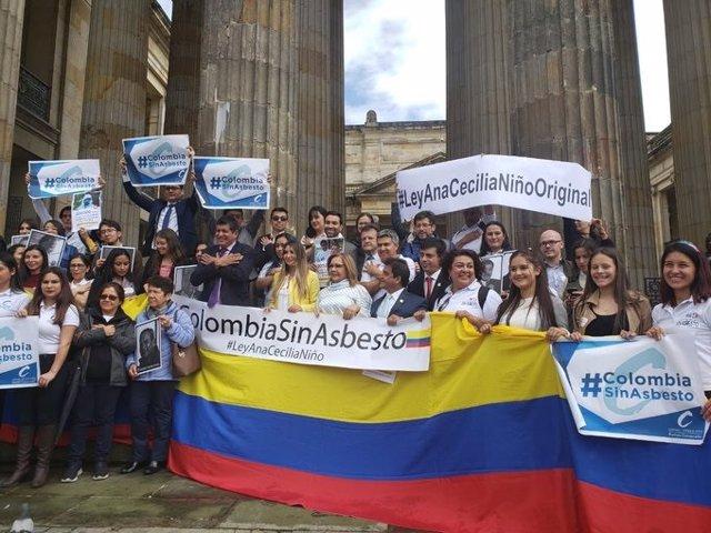 Colombia prohíbe uso del asbesto en el país, mineral que provocó la muerte de 1.700 personas en los últimos cinco años